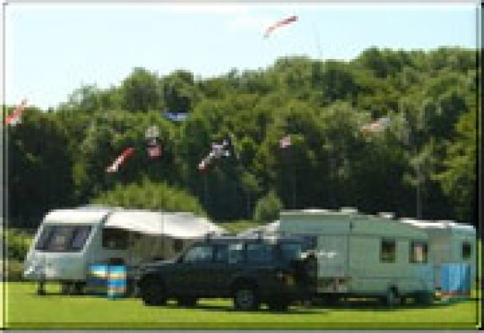 Henfold Lakes Leisure Caravan Park
